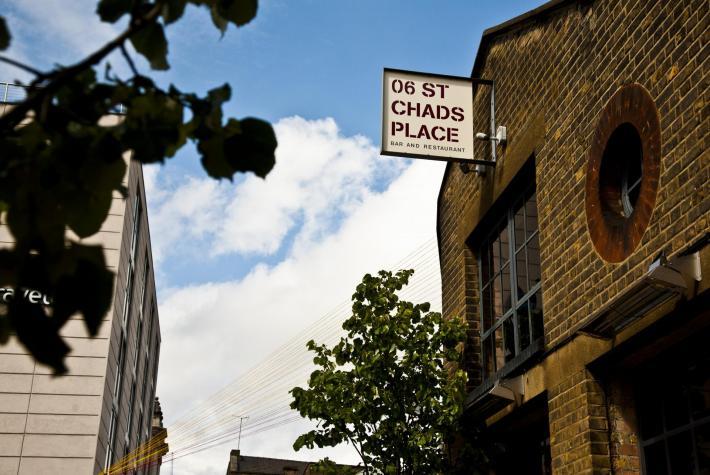 06 chads place london